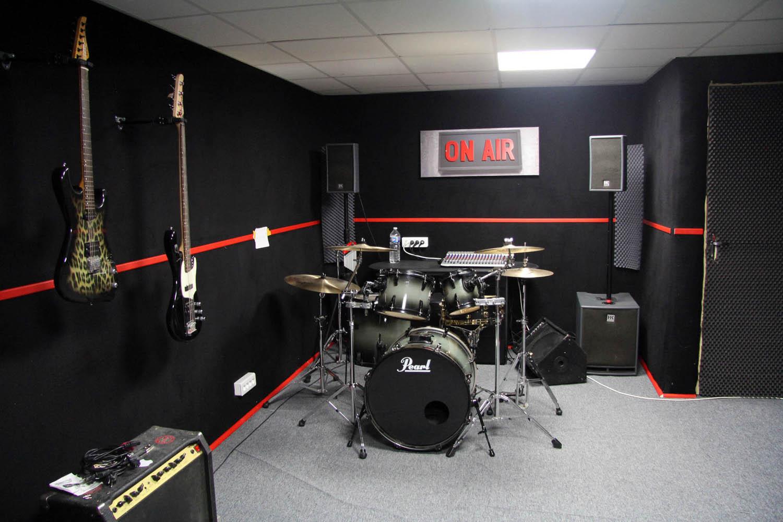 studio prairie cours de batterie musique toulouse. Black Bedroom Furniture Sets. Home Design Ideas